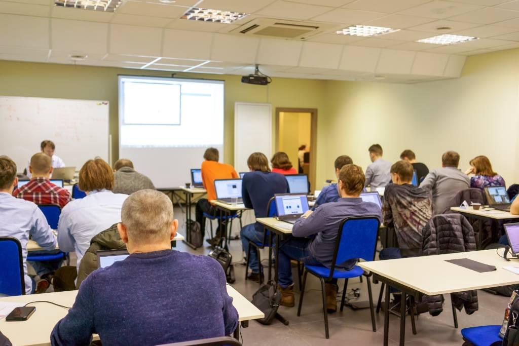 Schulung CAE Produktentwicklung Produktoptimierung Prozessoptimierung
